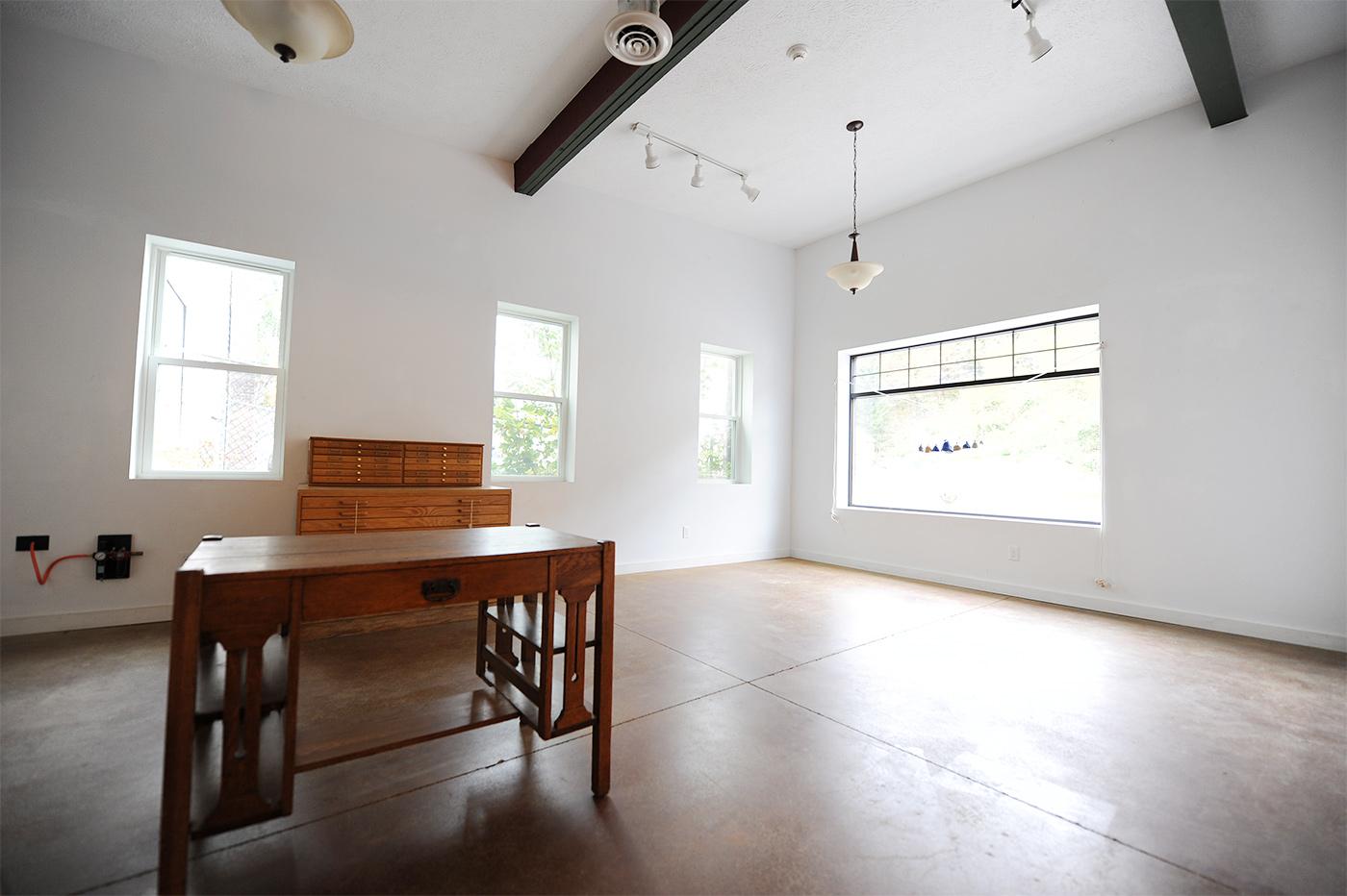 emptyroom